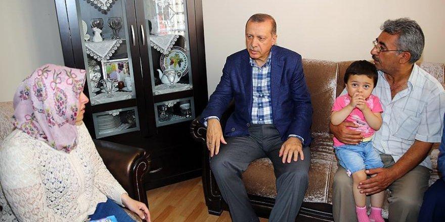 Erdoğan'dan şehit düşen Hüseyin Kısa'nın ailesine ziyaret