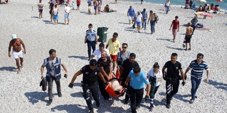 Yüzme bilmeyen üniversite öğrencisi ölümden döndü