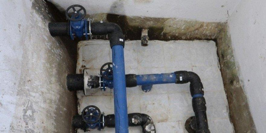 Gördes'in içme suyu depolarındaki çalışmalar denetlendi