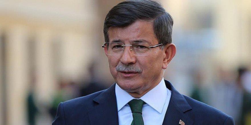 Davutoğlu, Ilgın Belediyesini ziyaret etti