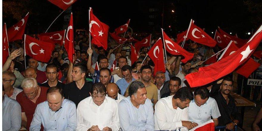 Siirt'te teröre karşı 'huzur nöbeti' tamamlandı