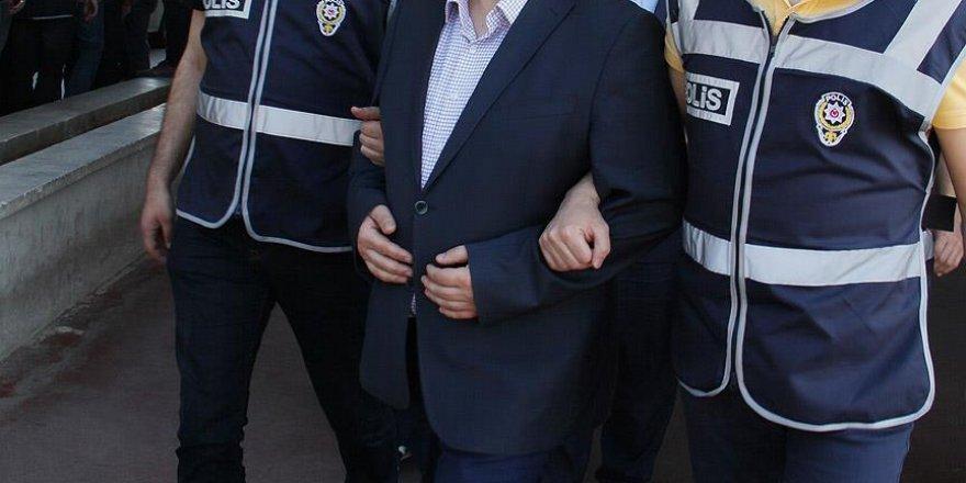 Konya'da 8'i avukat 10 kişi gözaltına alındı