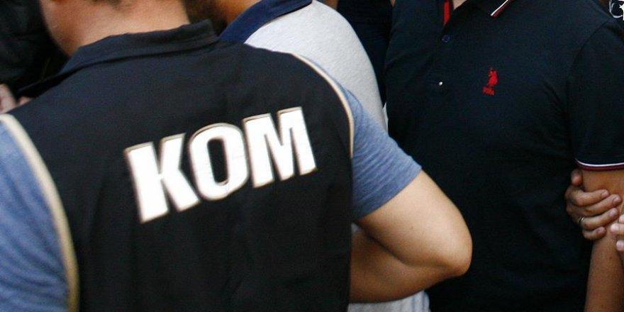 Katip Çelebi Üniversitesinde 29 personel tutuklandı