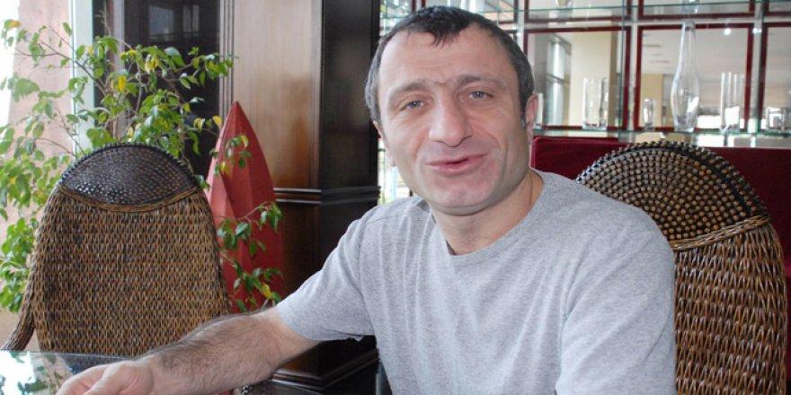 Ünlü oyuncu İsrafil Köse ölmemiş
