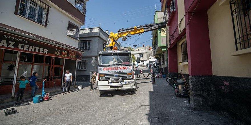 Terör saldırısının gerçekleştiği sokağın onarım çalışmalarına başlandı