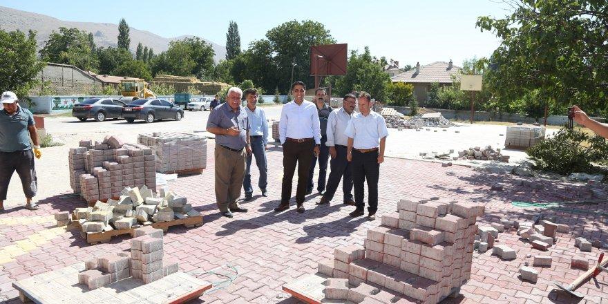 Halkapınar'da kilitli taş çalışması