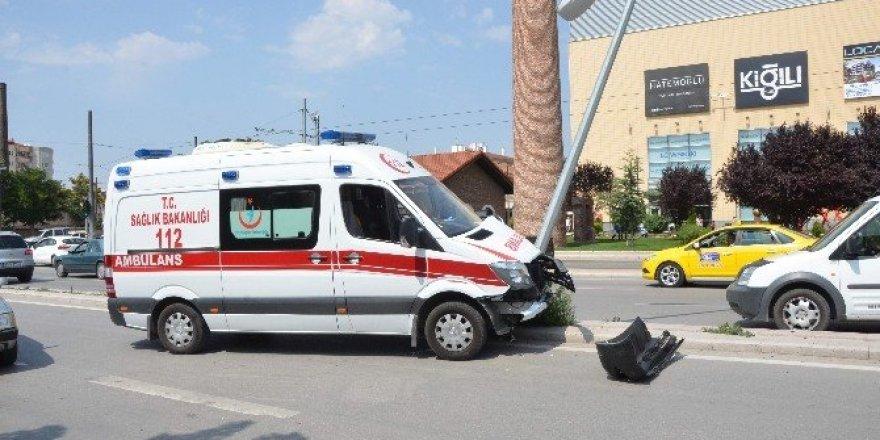 Eskişehir'de ambulans kazası