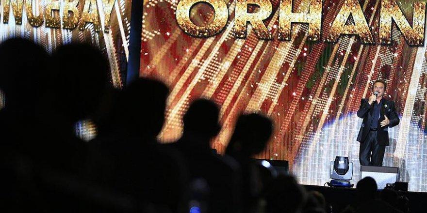 Orhan Gencebay Birlik Beraberlik Gecesi'nde ünlü sanatçılar sahne aldı