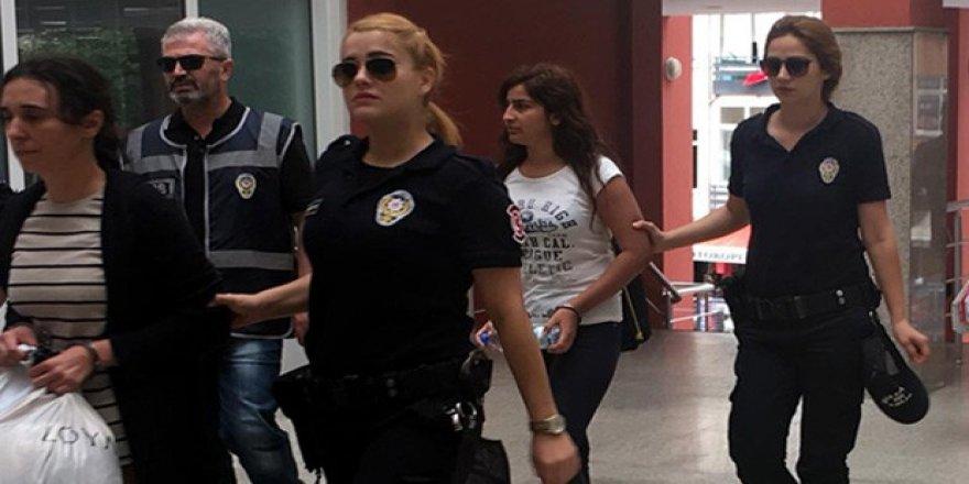 FETÖ  operasyonunda  4 akademisyen tutuklandı