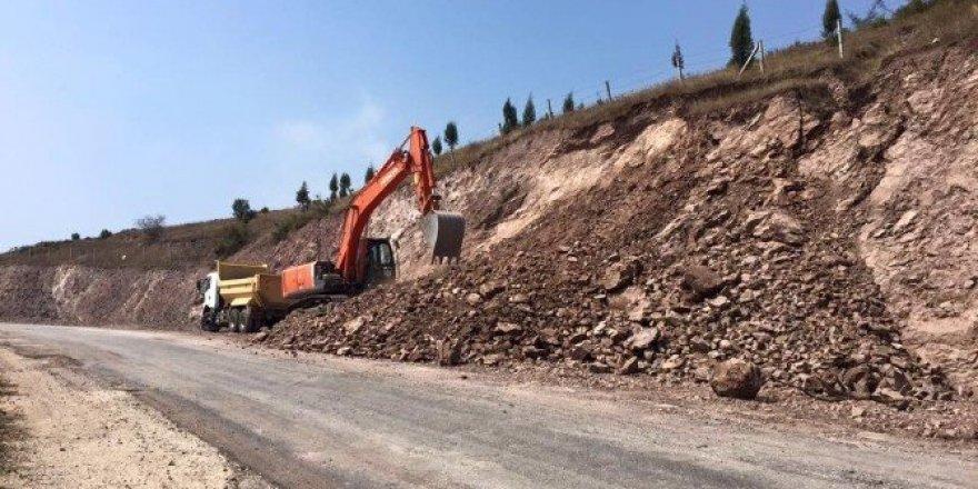 Körfez Belediyesi yol çalışmalarını sürdürüyor