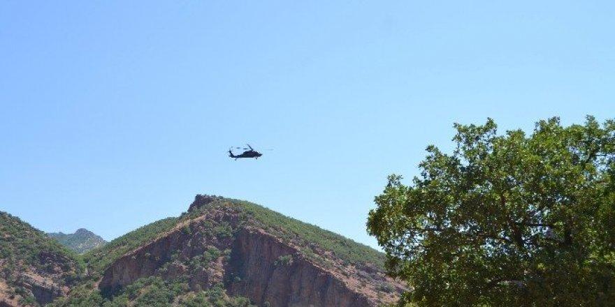 Karayazı'da operasyona giden askere yönelik roketatarlı saldırı
