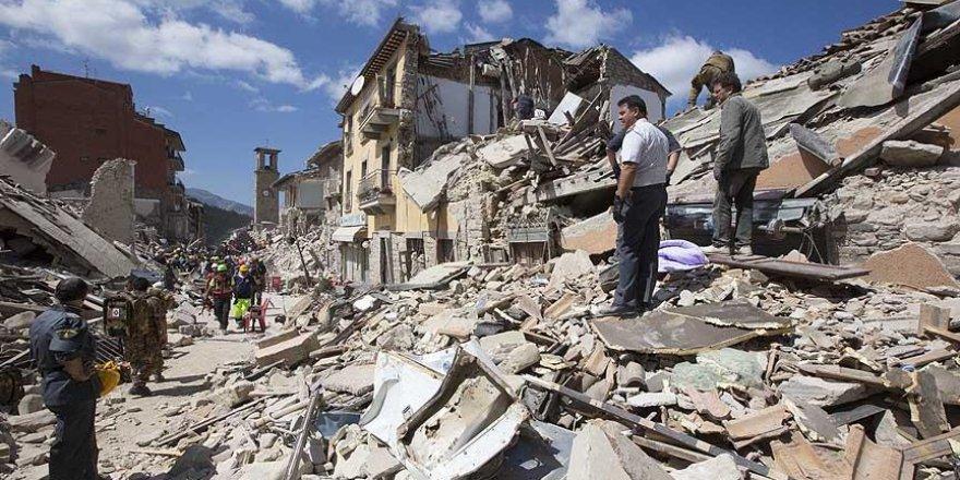 İtalya'daki depremde ölenlerin sayısı 250'ye yükseldi