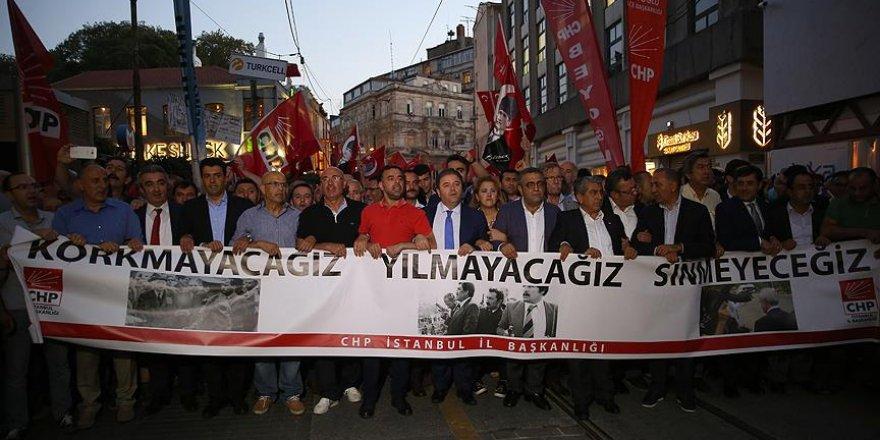 Kılıçdaroğlu'nun konvoyuna saldırıyı protesto ettiler