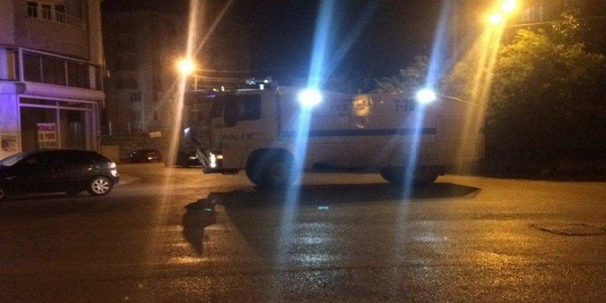 Van'da polise saldırı: 4 yaralı
