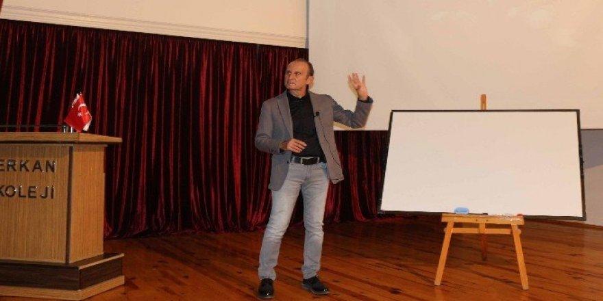 """Erkan kolejı'nde """"etkili öğretmenlik"""" semineri"""