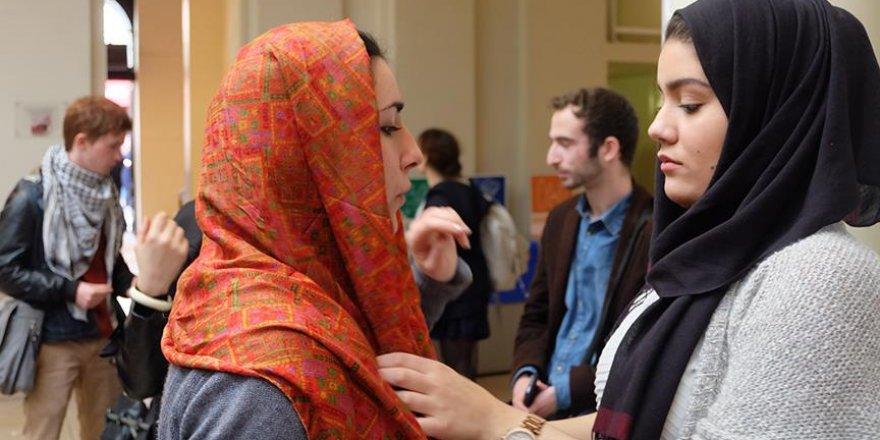 'Fransız siyasetçiler için en kolay hedef Müslüman kadınlar'