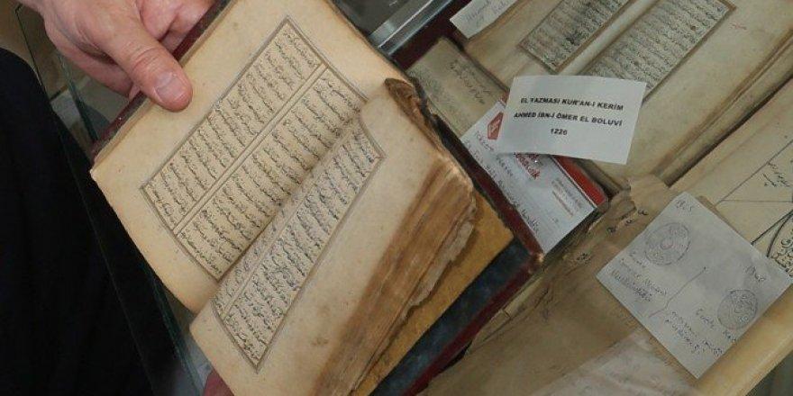 Hamdullah Hamdi Çelebi'nin yazdığı 'Yusuf ile Züleyha' büyük ilgi görüyor