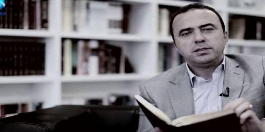 Kaçak Arif Erdem, Fetullah Gülen'in şiirini okudu