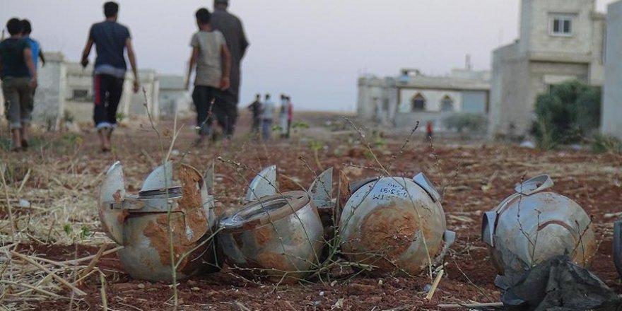 İdlib'te yerleşim yerine misket bombalı saldırı