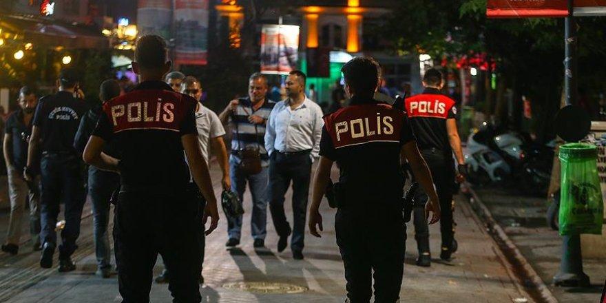 FETÖ'den 10 üniversite personeli tutuklandı