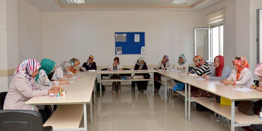 Öğretmen adayları KOMEK'ler için ter döktü