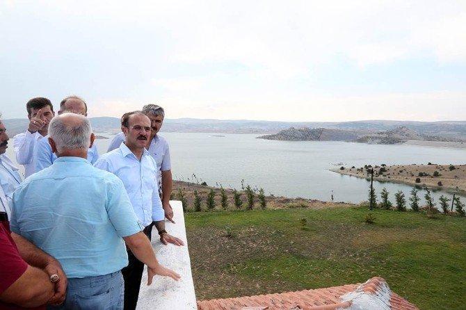 """Vali Kemal Yurtnaç: """"Süreyyabey Barajı Çekerek ilçemize büyük değer katmaktadır"""""""