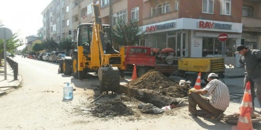 Nusrettin mahallesinde yağmur suyu çalışmaları