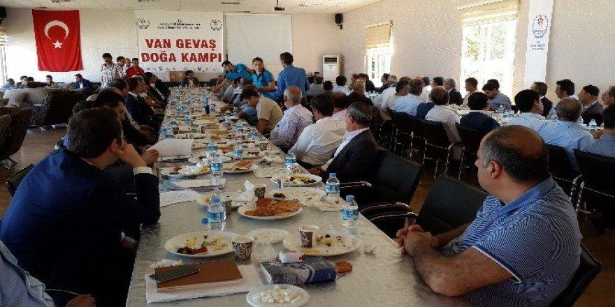 Gevaş'ta Güç Birliği Toplantısı