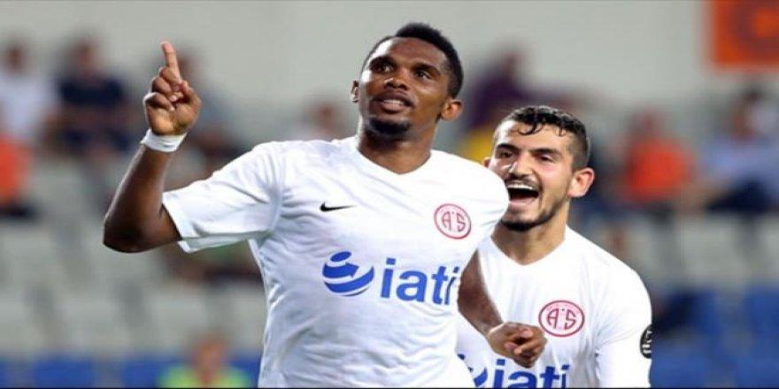 Galatasaray'dan Samuel Eto'o bombası!