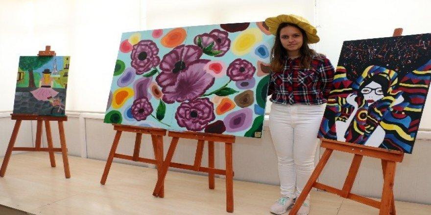 AKBEM ile Güzel Sanatlar Lisesi'ne yerleştiler