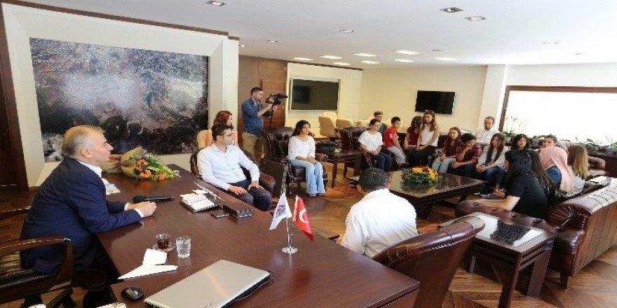 Genç Denizli'den Başkan Zolan'a ziyaret