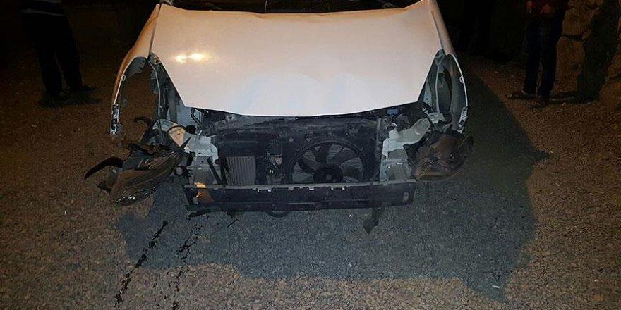 Köy Korucuları Derneği Başkanının otomobiline bombalı saldırı