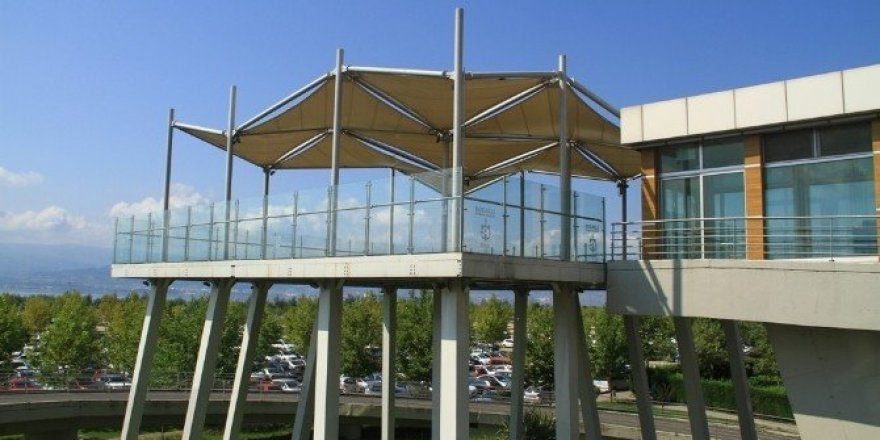 Mimar Sinan Yaya Köprüsü'ndeki kafe kiraya verildi