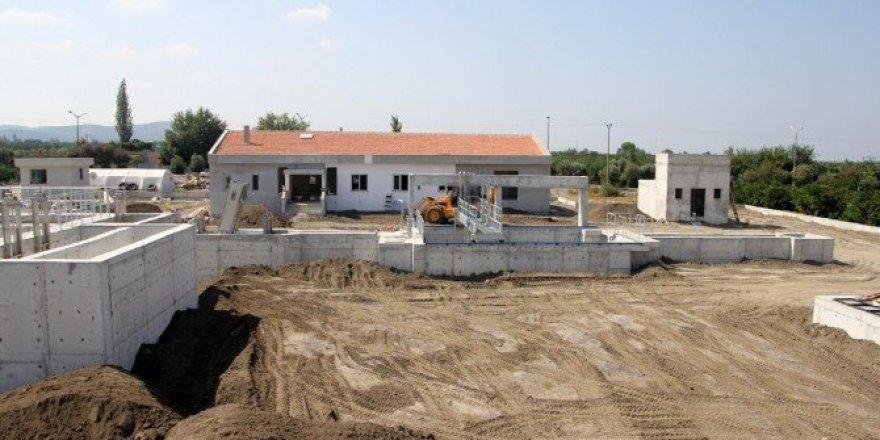 Erzin atıksu arıtma tesisi yapım çalışması sürüyor