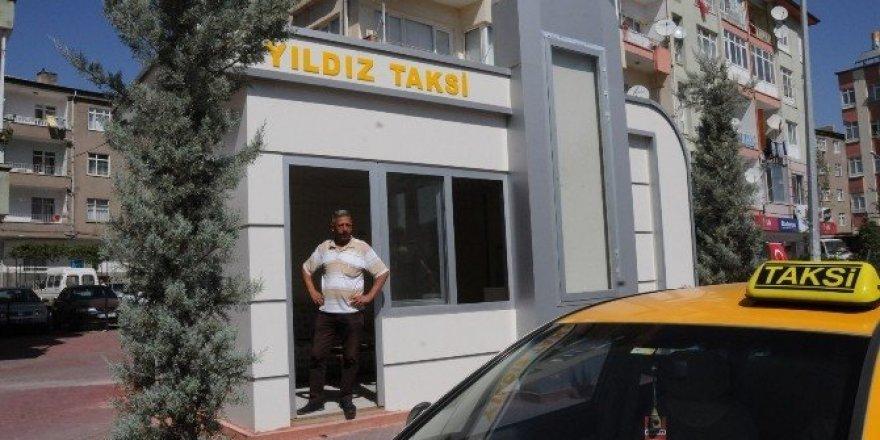 Niğde Belediyesinden modern taksi durakları
