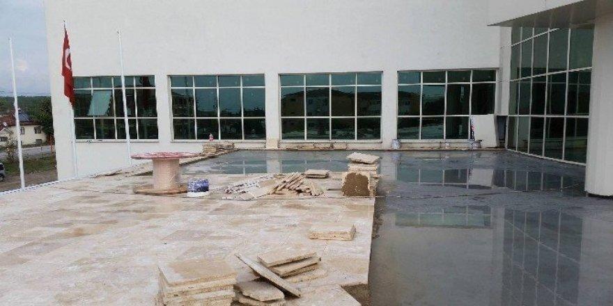 Düzce Kültür Merkezi inşaatı için ekip sayısı artırıldı
