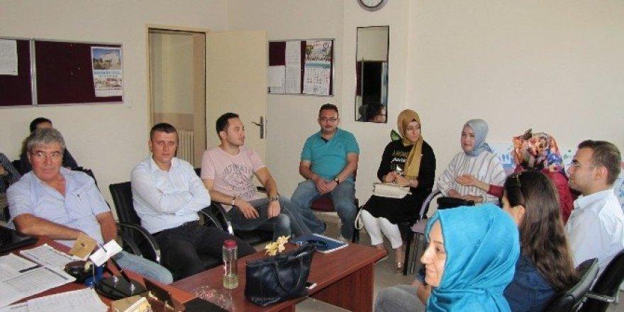 Öğretmenlere mesleki çalışma semineri