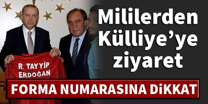 Erdoğan A Milli Takım'ı külliyede kabul etti