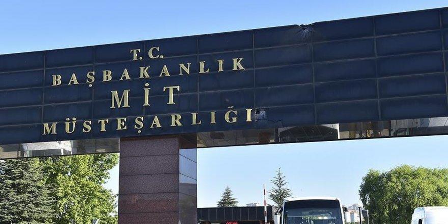 MİT'te görevli 3 kişi tutuklandı