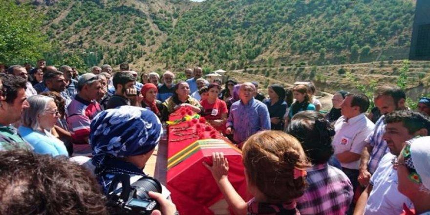HDP'li vekil yine terörist cenazesinde