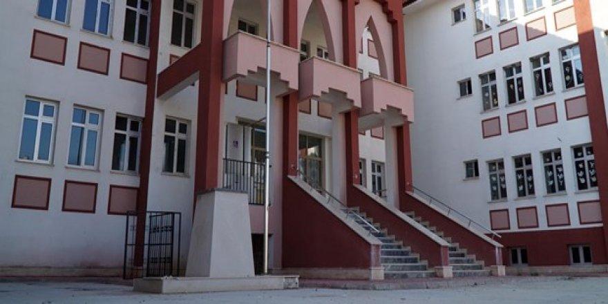Lisansı iade edilen okullar