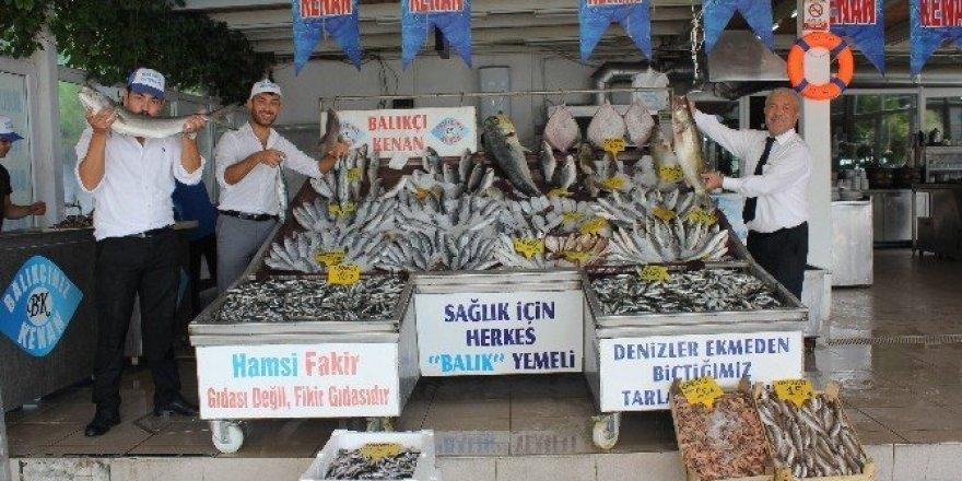 Avlanma yasağı kalktı, balık fiyatları ucuzladı