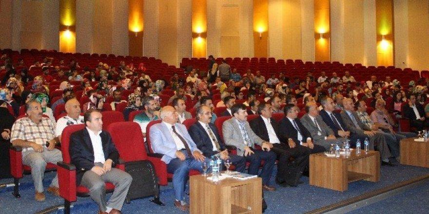 Yeni Anayasa ve Çalışma Hayatı Konferansı yapıldı