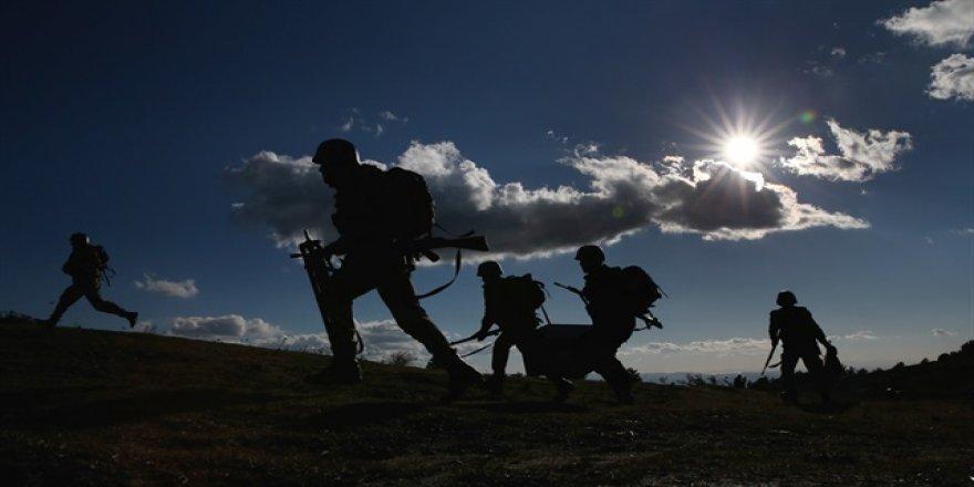 Bingöl'de EYP'nin patlaması sonucu 1 asker şehit oldu