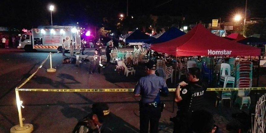 Filipinler'de akşam pazarında patlama