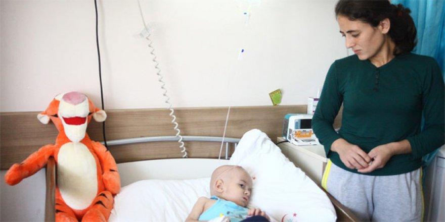 Kanser hastası çocuğa yardım bahanesiyle dolandırıcılık