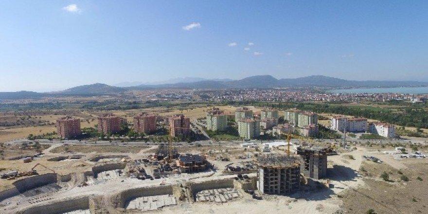 TOKİ, Beyşehir'de 99 konut için ihaleye çıkıyor