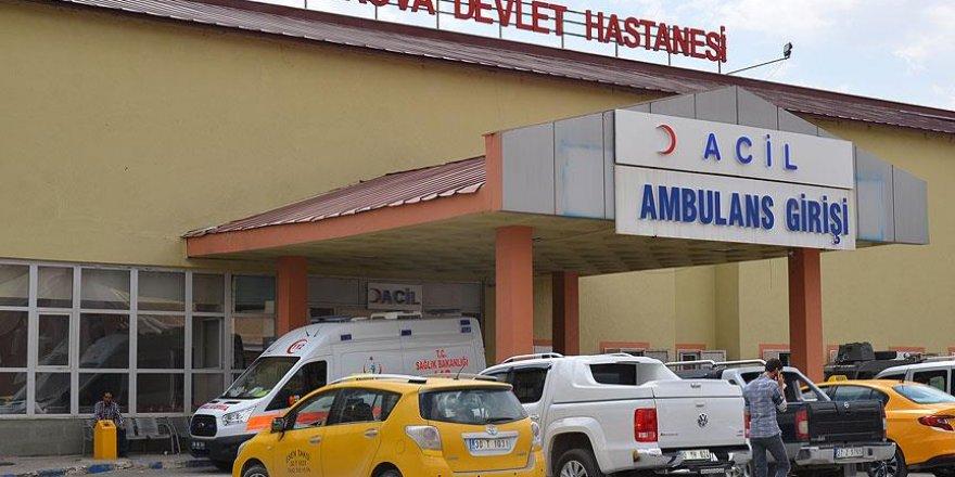 Hakkari'deki terör saldırısında yaralanan işçi hayatını kaybetti