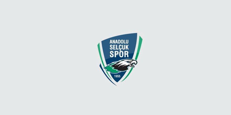 Anadolu Selçukspor evinde şen: 3-1