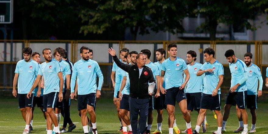 Milliler Hırvatistan maçı öncesi ilk antrenmanını yaptı